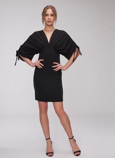 People By Fabrika Kolları Büzgülü Elbise Siyah